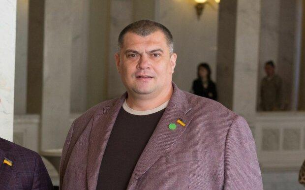 """""""Якщо кент пре*ика, то все можна"""": """"Юзик"""" розлютив український народ, скандальні фото"""