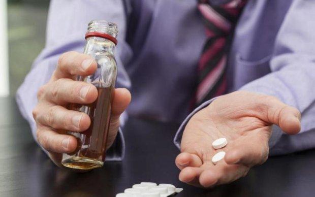 Вбивча суміш: вчені розповіли чому не можна змішувати ці види напоїв