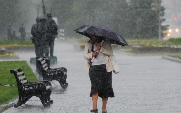 Накриє по повній: в Україні оголосили штормове попередження