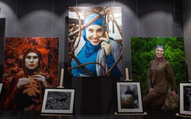 Дивовижні очі: друзі зібрали найкращі фото Аміни Окуєвої