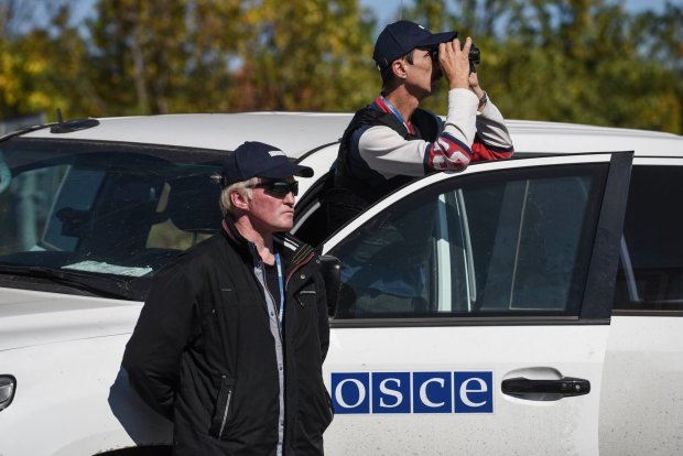 Російський кордон перетнула загадкова домовина на колесах: місія ОБСЄ не повірила своїм очам