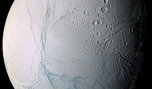 На одному із супутників Сатурна виявлено сліди життя