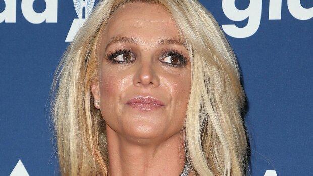 "Бритни Спирс постарела до неузнаваемости: на ""икону 90-х"" без слез не взглянешь, фото"