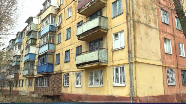 Киевлянам могут запретить стеклить балконы, последнее слово за Кличко