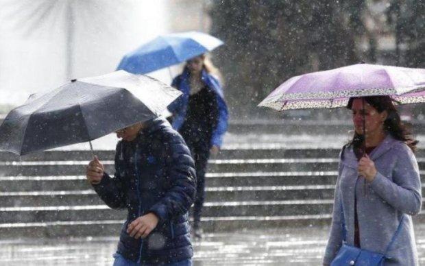Погода 8 травня потріпає українців