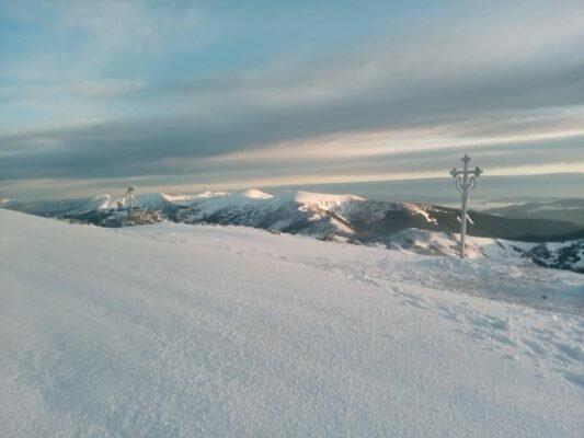 Червень увірвався до Карпат зі снігом та морозами - такого не було навіть взимку