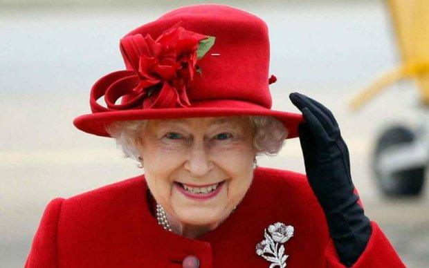 Єлизавета II відмовилася від весілля