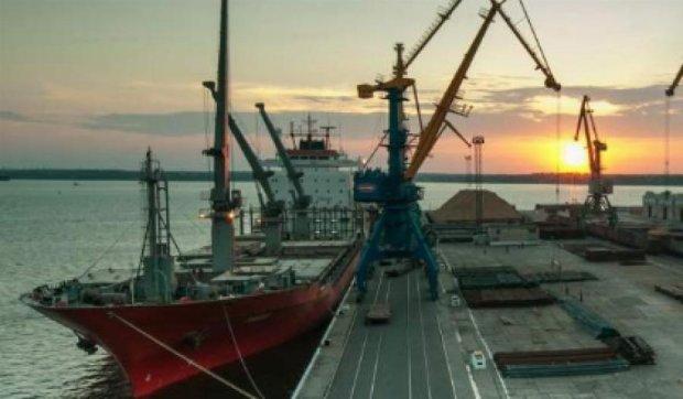 Правительство хочет приватизировать украинские порты
