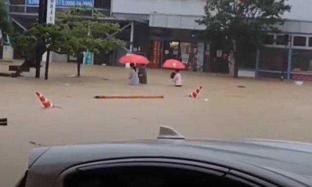 Повінь в Японії, скріншот: YouTube