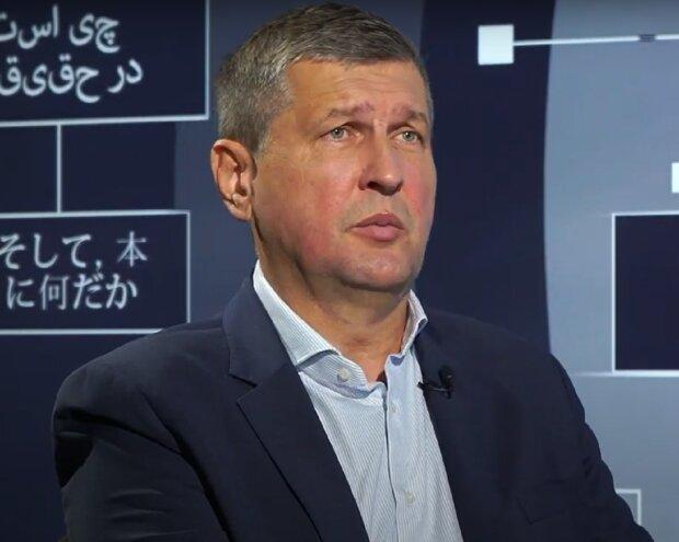 Игорь Попов