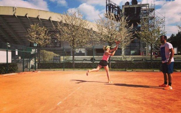 Украинская теннисистка Свитолина наслаждается подготовкой с новой командой