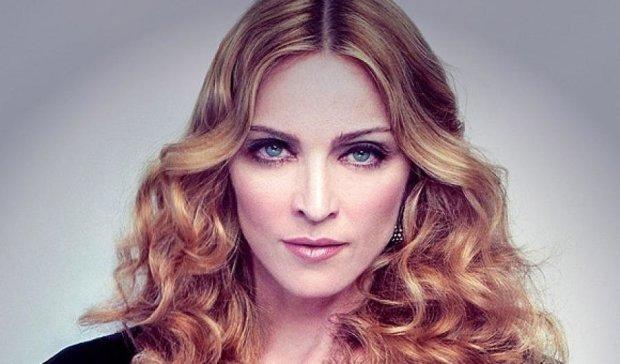 Мадонна порадувала шанувальників пружною попою