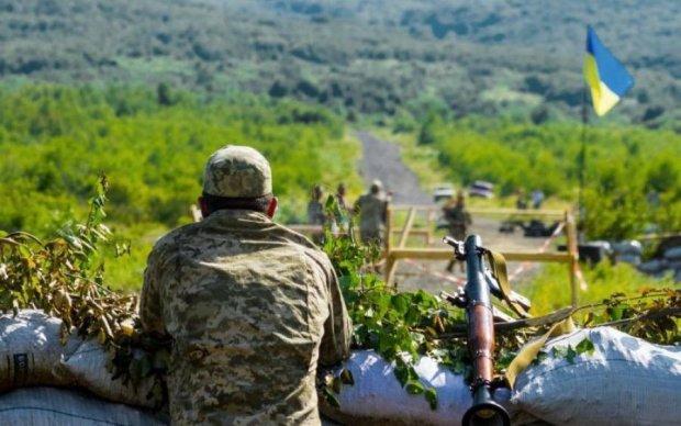 Порошенко подписал закон об отпуске для военных: что изменится