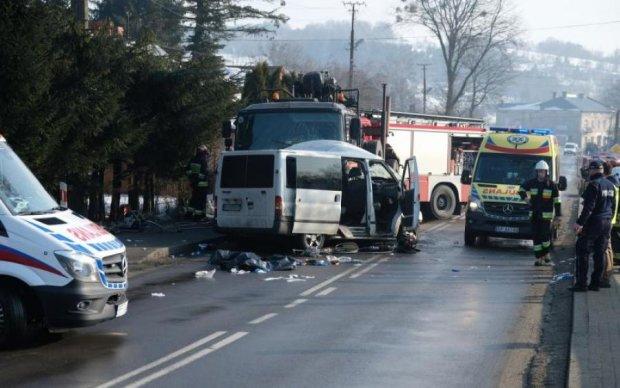Швидкість божевільна: поляки розповіли, як розбився український автобус