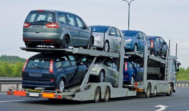 Президент розгляне петицію про відміну розмитнення автомобілів