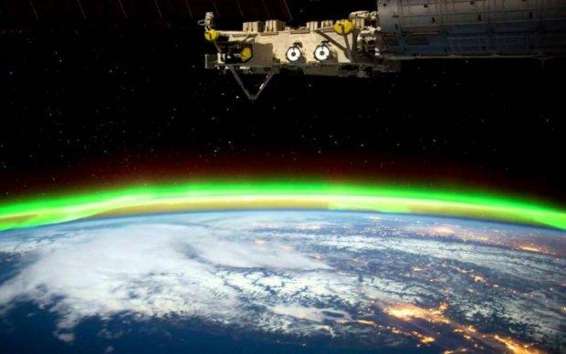 Астронавт снял завораживающее северное сияние