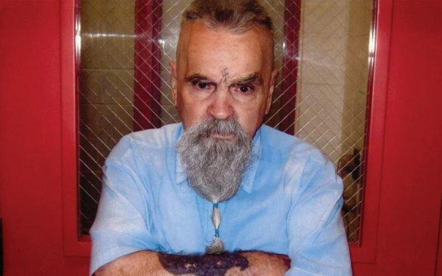 Помер Чарлі Менсон: чому про нього треба забути