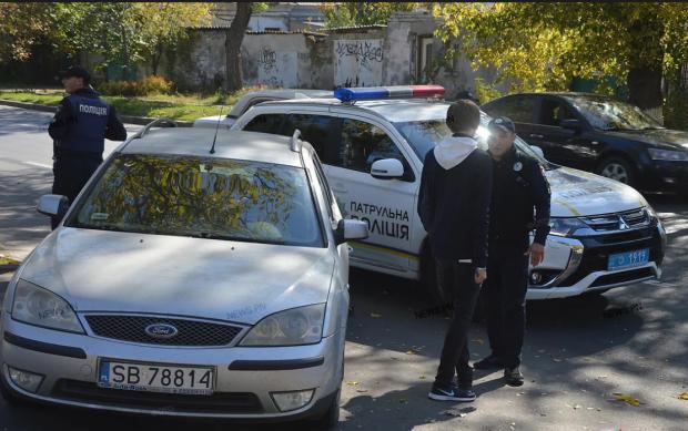 Не дайте поліції себе обдурити: 10 підстав для законної зупинки автомобіля
