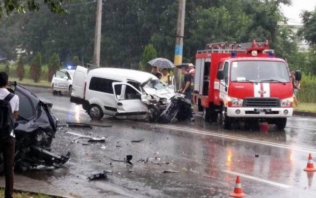 На Донбассе произошла смертельная авария: жуткие фото
