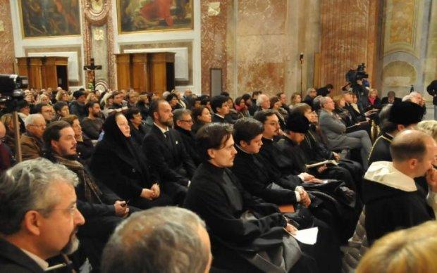 """Священик з Ватикану отримав строк за """"відео з дітьми"""": подробиці"""