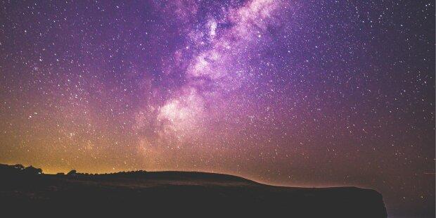 Гороскоп на 2 вересня для всіх знаків Зодіаку: до кого прийде віщий сон