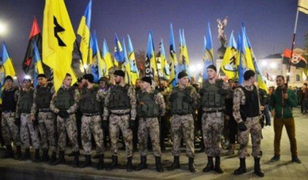 «Азов» підтримує ПС і вимагає зняти недоторканність з Ланьо і Балоги