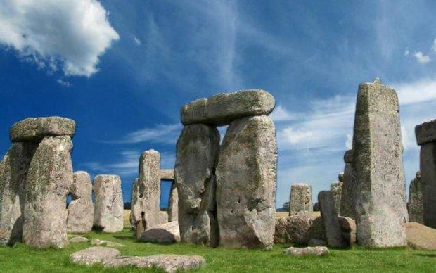 """Археологи розкопали """"другий Стоунхендж"""": сенсаційна знахідка перепише історію"""