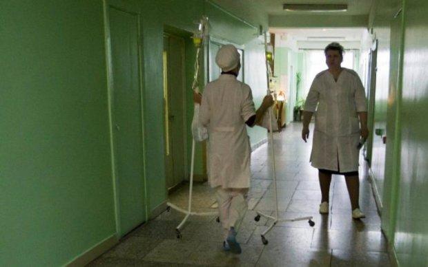 Отруєння в дитячому таборі: медики назвали винуватця