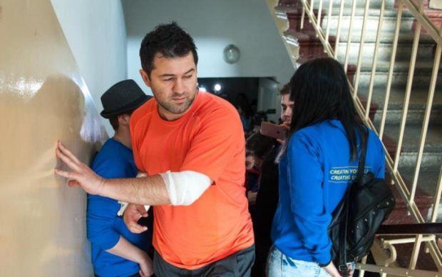 Насиров снова болеет: теперь попросился в США