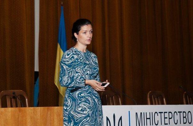 Епідемія дифтерії в Україні: керівниця МОЗ Зоряна Скалецька оприлюднила календар термінових щеплень
