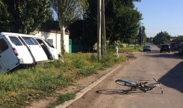 Швидка збила велосипедиста з дитиною у Краматорську