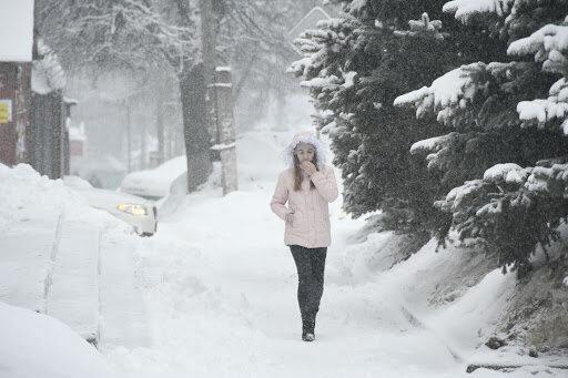 """Запоріжжя """"здує"""" крижаним вітром, стихія розгуляється на повну 12 лютого"""