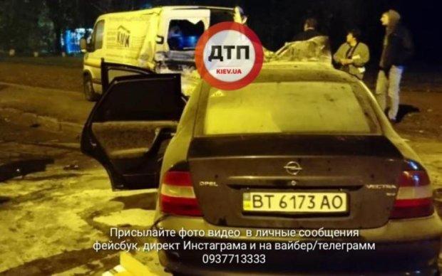 Копы так и не приехали: авария с ребенком всполошила Киев