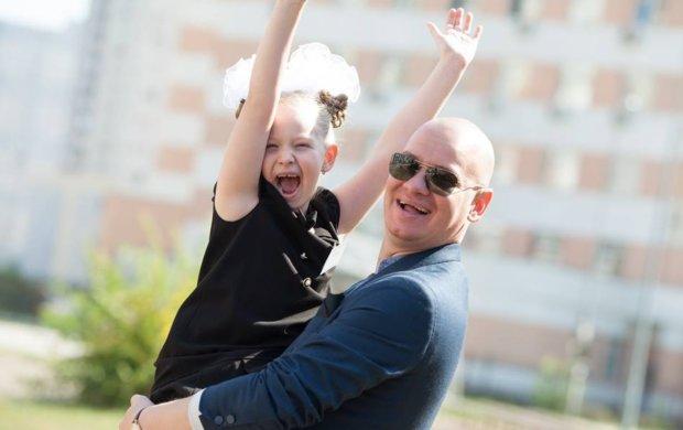 """Квартал 95 чувственно поздравил украинцев с Днем отца: """"Каждый день - стимул становиться лучшим"""""""