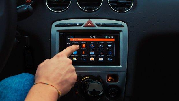 Ниссан собирается встраивать всвои автомобили Google