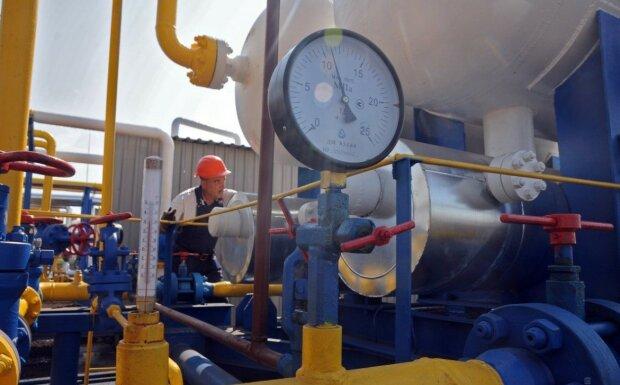Украинцы срочно запасаются газом на зиму: летняя цена заманила уже тысячи семей