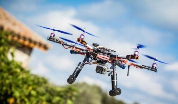 Американські інженери перетворили дрон на кур'єра