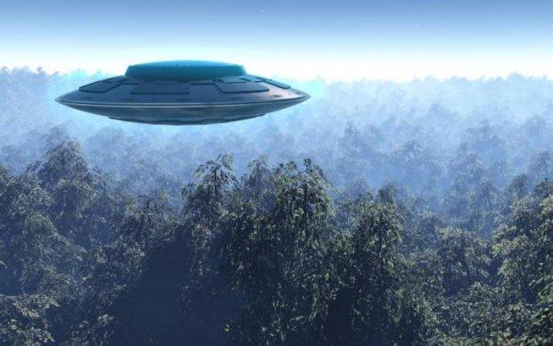 Погоню за НЛО засняли на видео