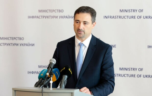 В декларации Смелянского нашли нечто поинтересней зарплаты, что скрывает глава Укрпочты