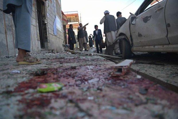 Кров і трупи всюди: дикий смертник атакував силовиків