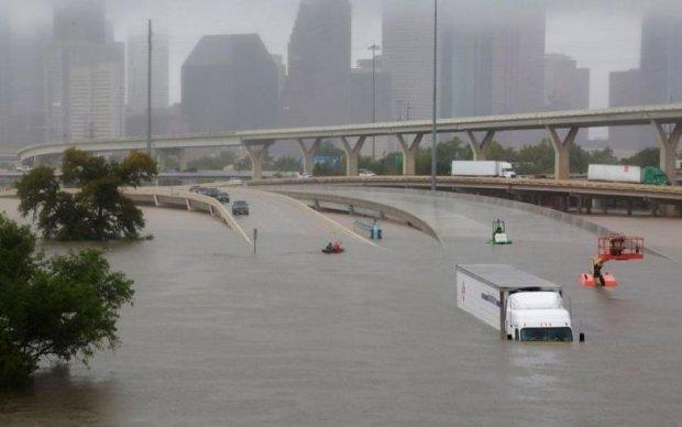 Ураган-вбивця: людство попередили про бурхливу стихію