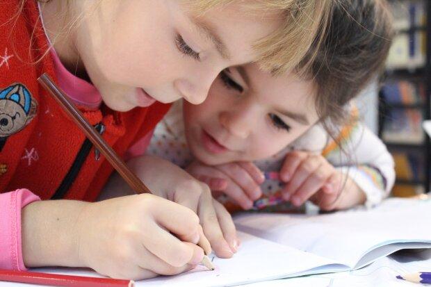 дети, фото Pxhere