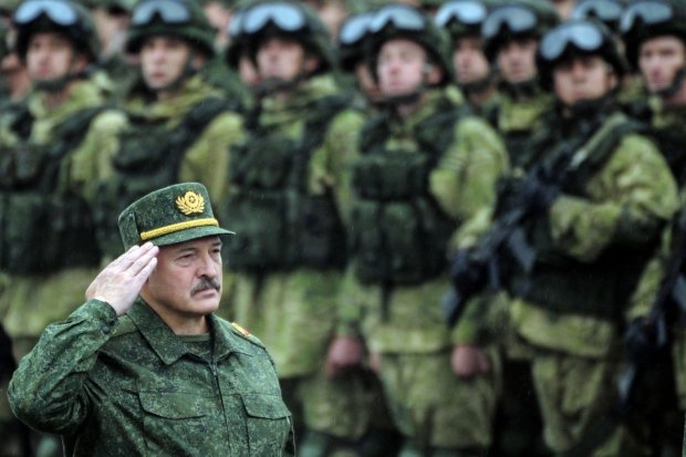 Путин захватит Беларусь: тайное оружие против Лукашенко раскрыто
