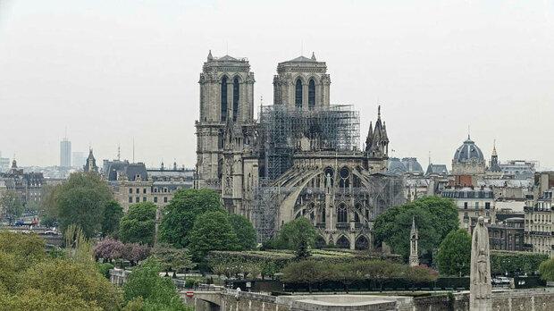 Нотр-Дам руйнується на очах: Париж зробив тривожну заяву, ось-ось обвалиться