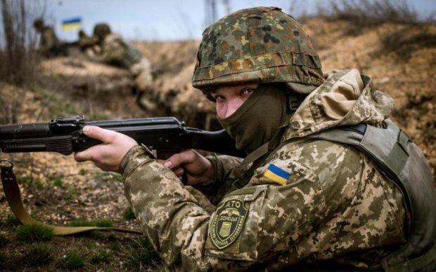 Уничтожили снайпера и достойно ответили на провокации: в ООС отчитались за успехи бойцов