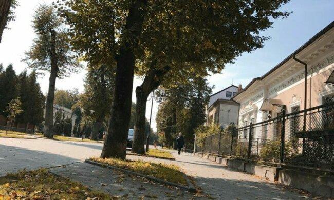"""Погода в Івано-Франківську на 2 вересня: літо не поспішає сказати """"прощай"""""""