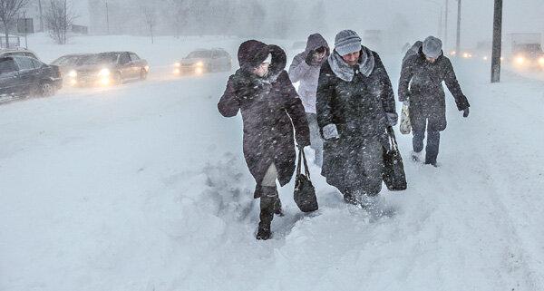 Лютые морозы и снежные завалы: синоптики спрогнозировали, когда в Украине наступит зима