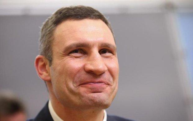 Незаконна забудова ТРЦ: Кличко пообіцяв активісту розібратися по-чоловічому