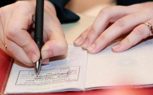 Хватайтесь за прописку: 7 админуслуг, которые будут недоступны для вас без этого документа
