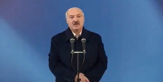 Лукашенко не хочет снова вставать на колени перед Путиным